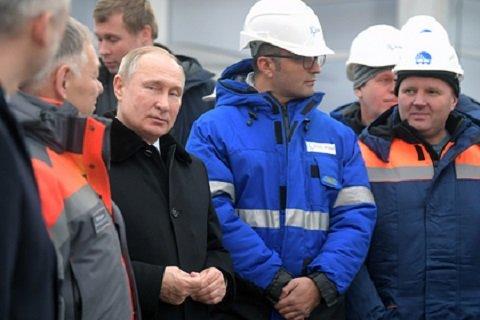 1574920998 mir2 ekonomika - Президент открыл главную мегатрассу РФ